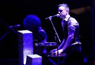 Brandon Flowers y su banda deleitaron a miles de sus fans en el Jockey Club de Asunción, en un espectáculo que derrochó energía, carisma y –mucho– rock.