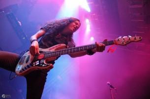 La banda finlandesa de power metal melódico Stratovarius dio su primer recital en Paraguay y sacudió casi mil almas en el BCP.