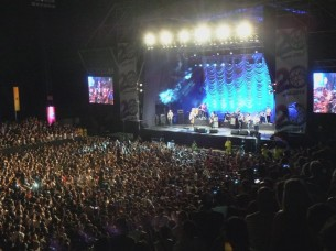 La banda de rock uruguaya No Te Va Gustar cerró su gira con un sinérgico show en Paraguay.