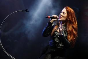 La vocalista de Epica, Simone Simons, nos habla de su carrera y del nuevo disco de la banda, que actuará en marzo en Paraguay.
