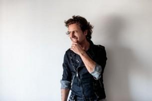 Entrevista: Desde Buenos Aires, el músico y compositor Coti Sorokin nos habla de su nueva producción.