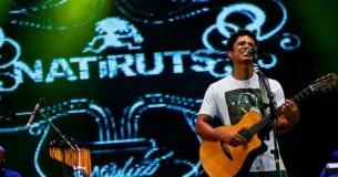 El vocalista y guitarrista del grupo brasileño de reggae habla antes de su regreso al Paraguay.