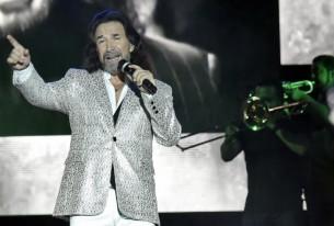 Un Olimpia desbordado cantó la noche del sábado los clásicos del popular Marco Antonio Solís.