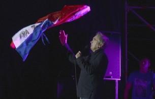 Morrissey recogió aplausos paraguayos la noche del domingo en un Yacht y Golf Club colmado de 5.000 emociones.