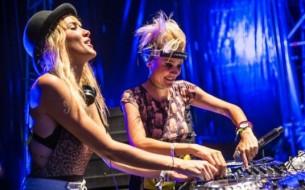 """Entrevista a Olivia y Miriam Nervo, unas de las figuras más importantes de la escena de la música """"dance"""" en Australia."""