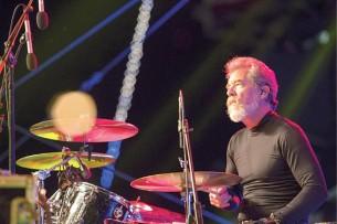 """Doug """"Cosmo"""" Clifford (70) reflexiona sobre los mejores momentos de la histórica banda,"""