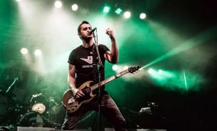 Ciro Pertusi habla de su propuesta, del punk actual, de sus recuerdos del país y el público local.