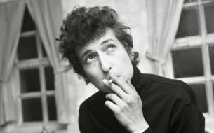 En su cumpleaños número 76, cinco grandes canciones del músico, poeta y compositor Bob Dylan.