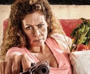 La itapuense Loren Acuña celebra dos proyectos en el cine y la televisión de la Argentina.