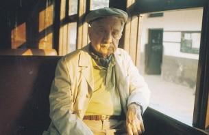 Una aproximación a la faceta de guionista de Augusto Roa Bastos, el escritor más importante del Paraguay.