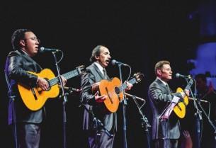 La formación actual del trío Los Panchos repasa con ABC Revista sus más de siete décadas de historia.