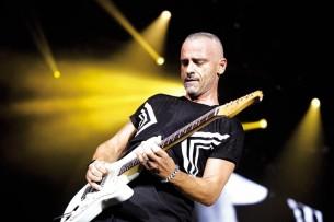 Una entrevista con el reconocido cantante italiano Eros Ramazzotti, antes de su regreso al Paraguay tras 20 años de ausencia.