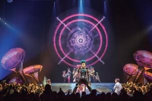 """La mística de Soda Stereo y la espectacularidad del Cirque du Soleil potencian su magia en """"Sép7imo Día""""."""