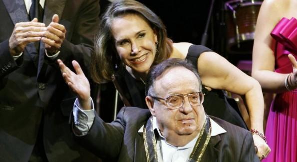 Roberto Gómez Bolaños junto a su esposa Florinda Meza.